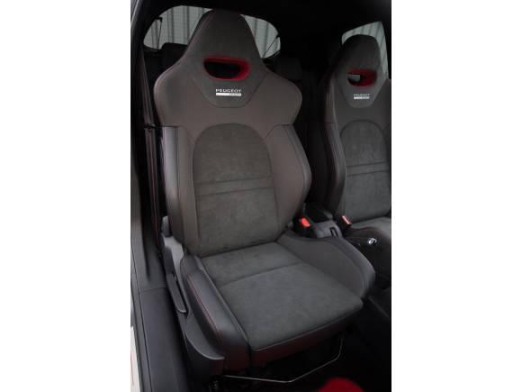 Prueba: Peugeot 208 GTi 30th, el auténtico heredero del 205 GTI