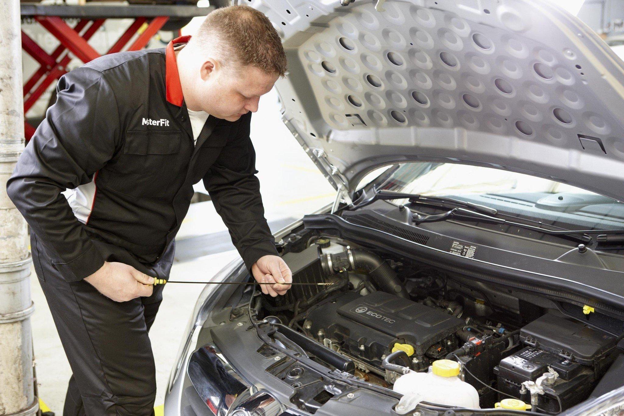 ahorra mantenimiento coche