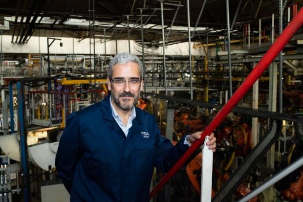 Entrevista José Antonio León Capitán, director de RRII y comunicación Groupe PSA