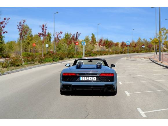 Prueba Audi R8 Spyder: precio, sensaciones y ficha técnica