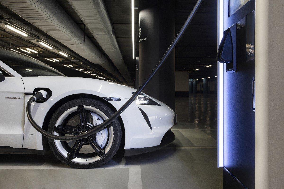 Porsche City Charging