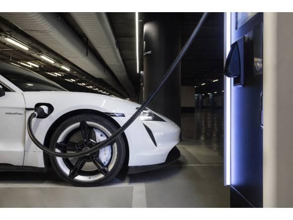 Porsche electrifica España: cargadores de 175 kW por toda España