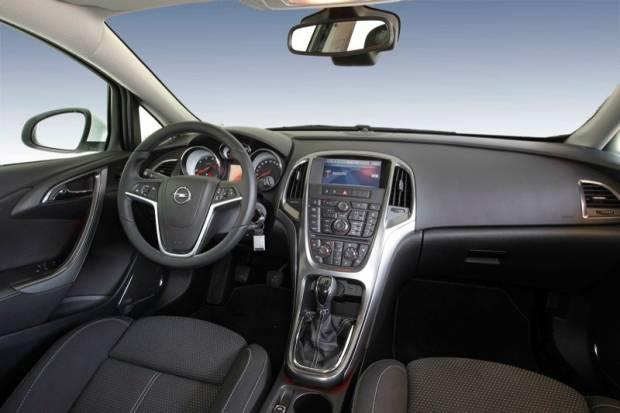 Opel-Astra-1.7-CDTI-ECOFLEX_15