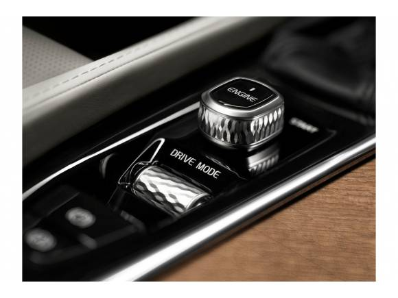 Volvo XC90 T8: ahora también con tecnología híbrida enchufable