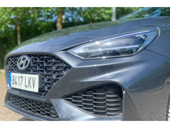Prueba del Hyundai i30 CW 2021 N Line: opinión, maletero, acabados, cómo va,...