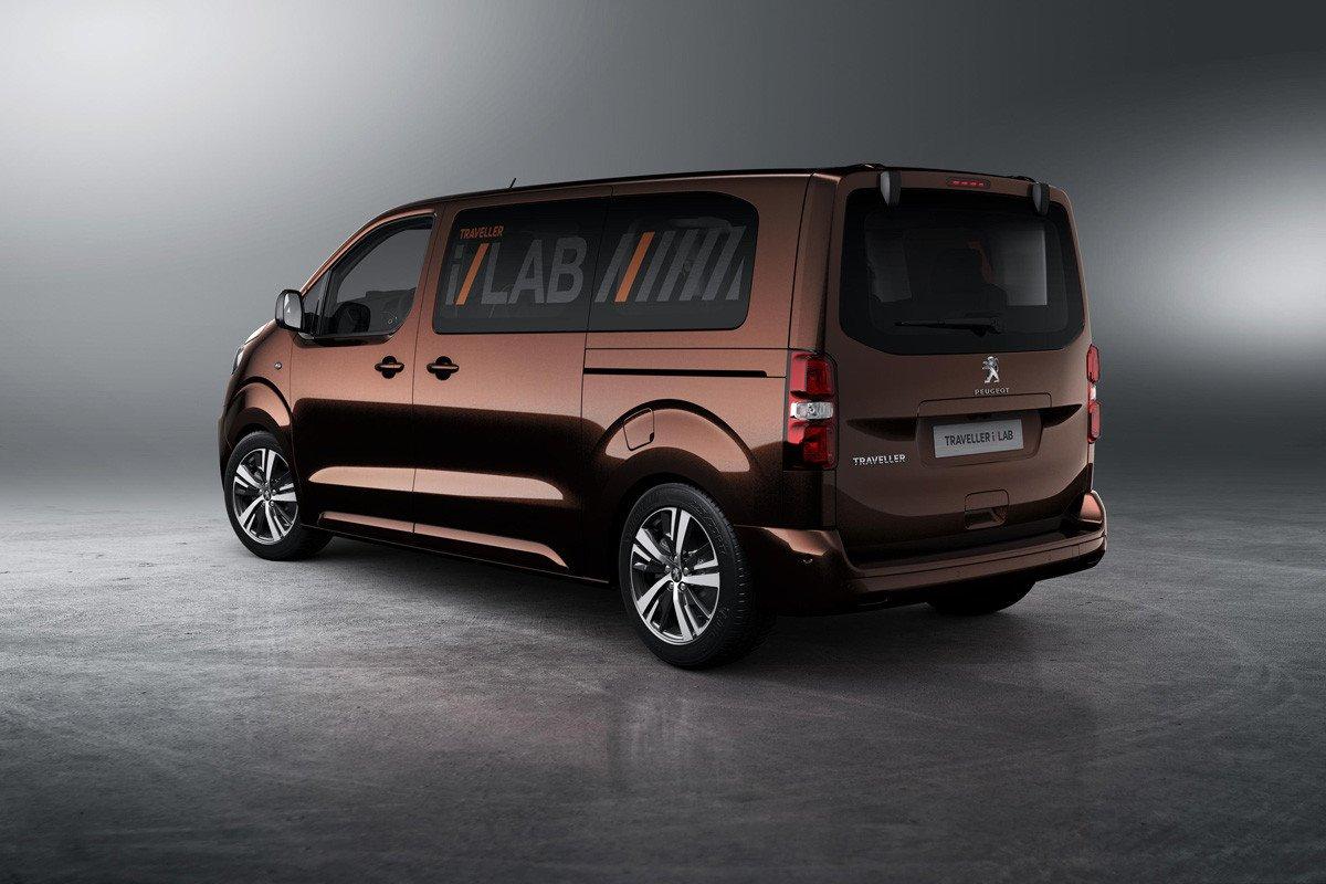 Peugeot Traveller i-Lab
