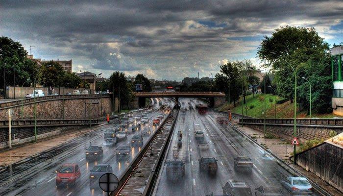 Conducir en mojado