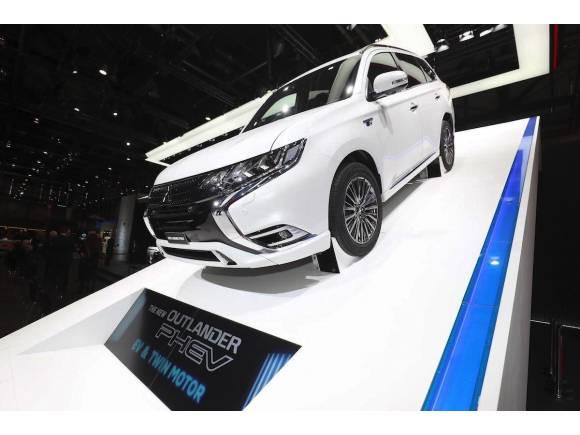 Mitsubishi Outlander PHEV híbrido mejorado en 2018