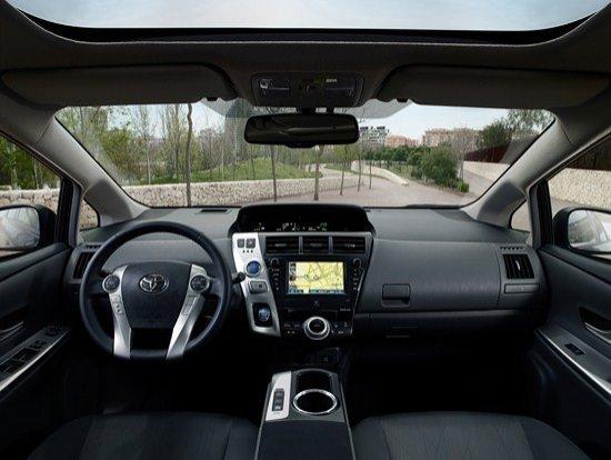Interior Prius+