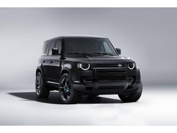 Land Rover, con 007: el Defender V8 Bond Edition y Range Rover Sport SVR