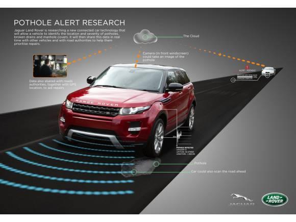 Jaguar Land Rover desarrolla la detección de baches automática