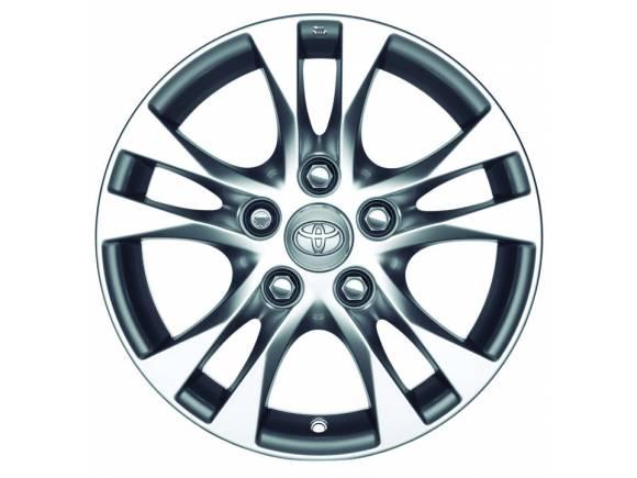 Toyota presenta accesorios originales para el nuevo Auris y Auris Touring Sports