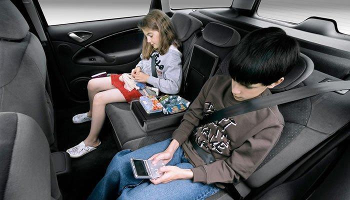 Sillas para ni os cu l compro for Sillas para autos para ninos 4 anos