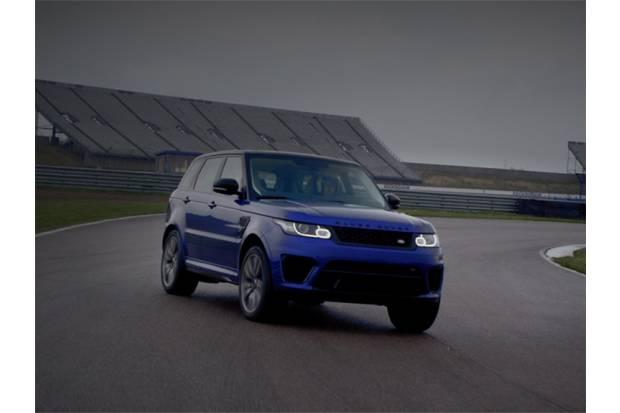 Nuevo Range Rover Sport SVR al límite en circuito