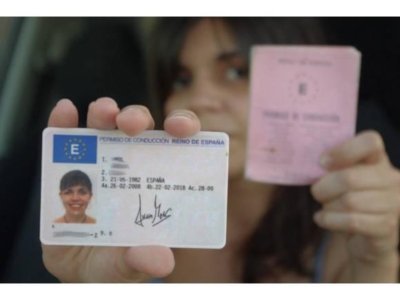 Multas por no llevar carnet de conducir