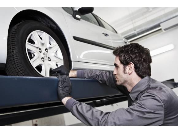 Webs de venta de recambios para coches usados y alquiler de talleres