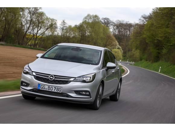 Opel Astra BiTurbo CDTI: 160 CV para un diésel dinámico y de bajo consumo