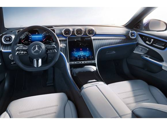 El Mercedes Clase C híbrido enchufable posee 313 CV y... ¡¡100 km de autonomía!!