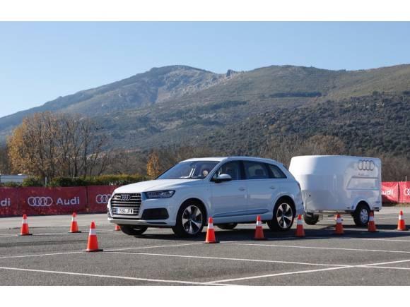 Probamos el asistente de remolque del nuevo Audi Q7