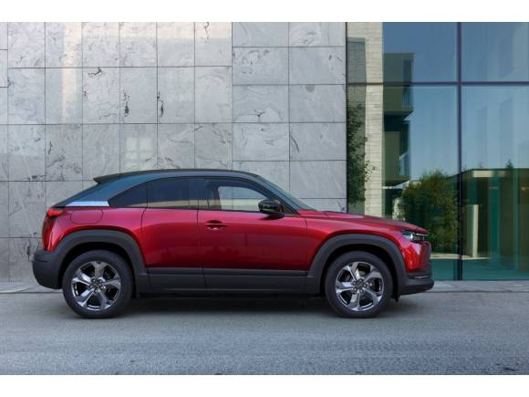 De eléctrico a microhíbrido: golpe de timón para el Mazda MX-30