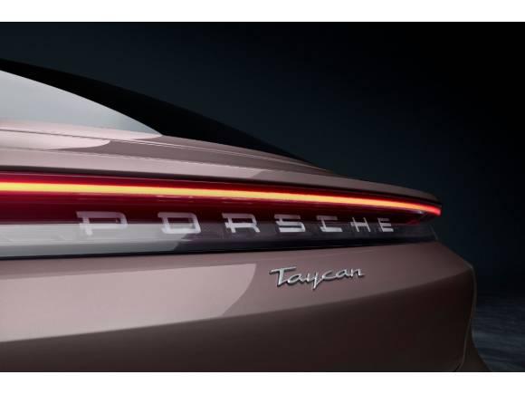El Porsche Taycan de acceso ya está aquí y vale 85.710 euros