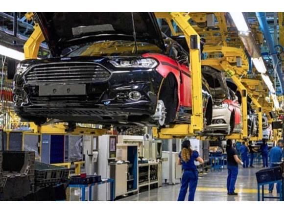 Adiós al Ford Mondeo en 2022: Almussafes fabricará un motor híbrido enchufable