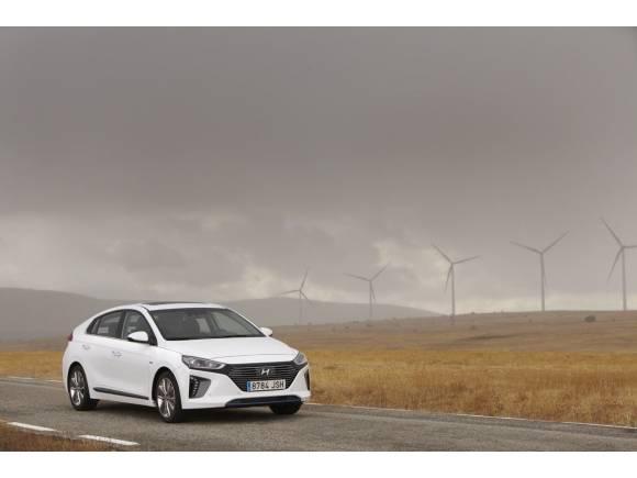 Prueba Hyundai IONIQ Hybrid: la mejor berlina híbrida de su clase