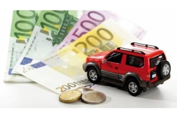 ¿Cómo influye la compra-venta de un coche en mis impuestos?