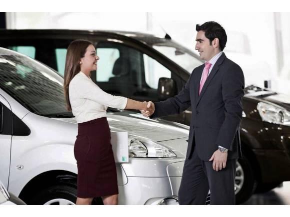 ¿En cuántos días me tienen que entregar mi coche nuevo?