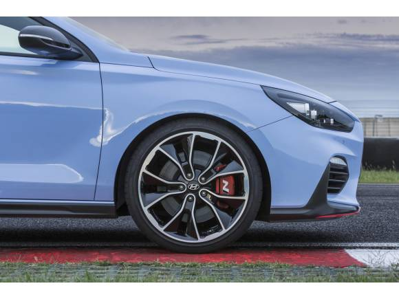 Ya está aquí el i30 N, el primero de la gama deportiva de Hyundai