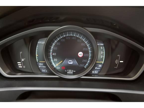 Prueba 10: Volvo V40 D3, un diesel muy premium