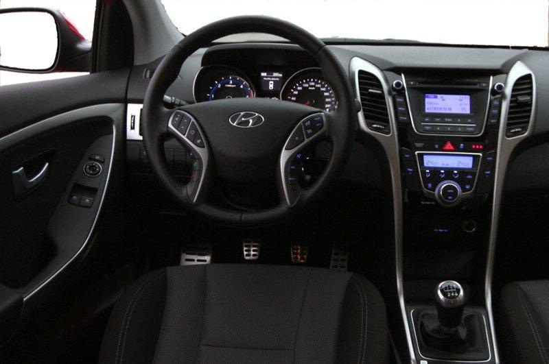 Hyundai-i30-3p_23
