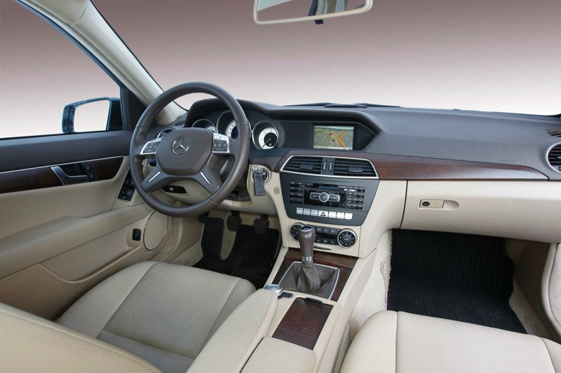 Mercedes-C-200-CDI_14