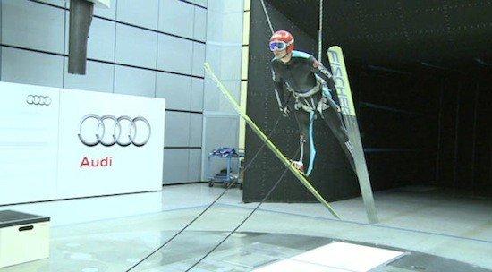 Los saltadores aprenden a utilizar el viento en el túnel para mejorar los saltos.