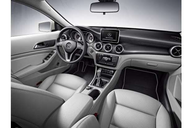 Mercedes CLA 7