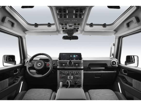El Ineos Grenadier nos presenta su interior clásico, tecnológico y funcional