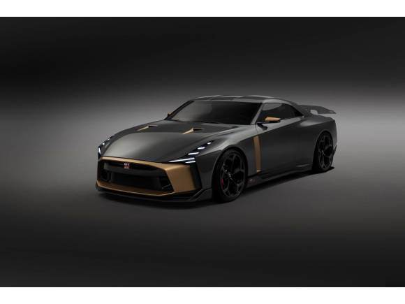 El Nissan GT-R50 by Italdesing se pasea por Pebble Beach
