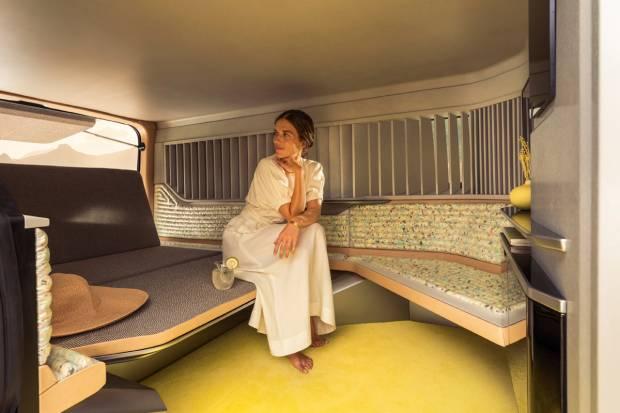 Renault presenta el Hotel Hippie Caviar sobre una Trafic: un nuevo nivel de autocaravana