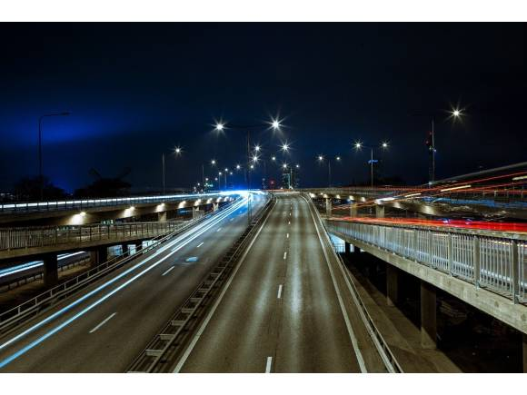 Autovías de pago: Ábalos pone sobre la mesa un peaje para transportistas