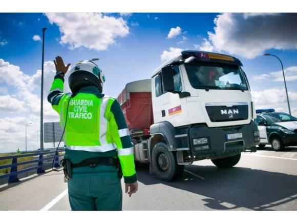 Camiones y furgonetas bajo vigilancia de la DGT esta semana