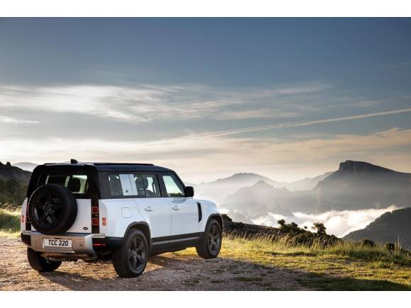 Prueba Land Rover Defender 110 PHEV: opinión, precio y autonomía