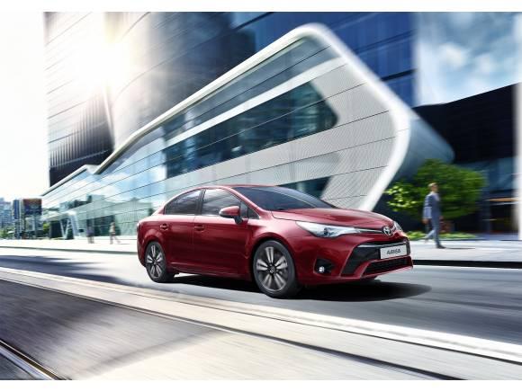 Más equipamiento para el Toyota Avensis 2017