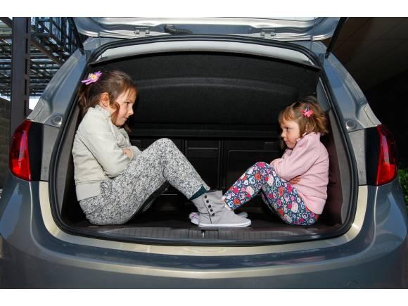 Los niños no podrán viajar en los asientos delanteros