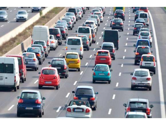 Coronavirus: ¿Podré viajar en coche esta Semana Santa 2020?