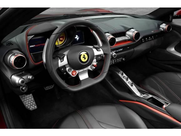 Nuevo Ferrari 812 Superfast, con motor V12 de 800 CV