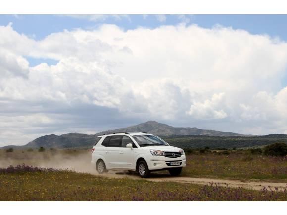 Prueba: Nuevo SsangYong Rodius 2013, monovolumen total a un precio asequible