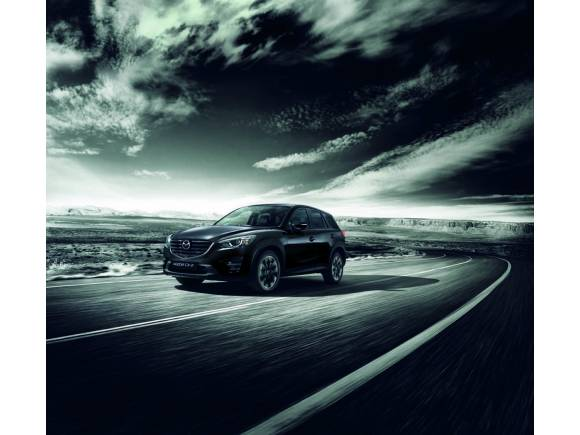 Serie especial Black Tech Edition para el Mazda CX-5