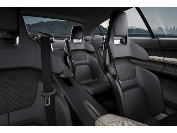Porsche Mission E: los eléctricos al poder