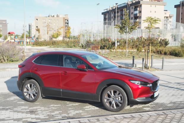 Prueba Mazda CX-30 SKYACTIV-G, asentado como premium