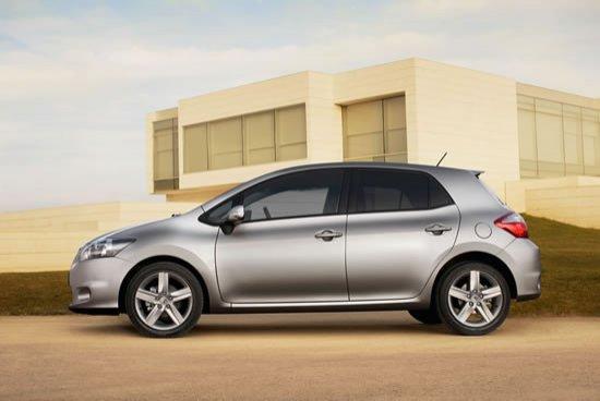 Perfil del nuevo Toyota Auris cinco puertas